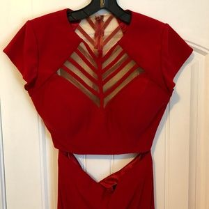 Red 2-pc gown